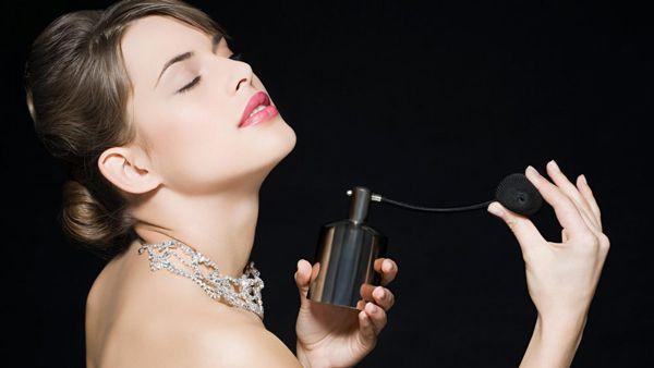 Hạn chế dùng nước hoa
