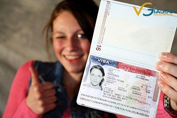 Những điều nên làm lúc bị mất hộ chiếu khi đi du lịch