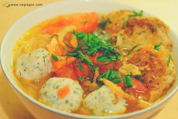 Bánh canh chả cá Đà Nẵng