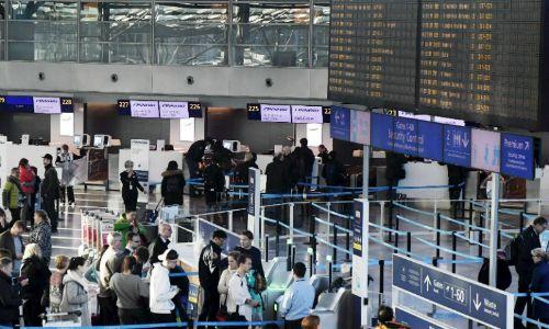 Hãng hàng không cân hành khách trước mỗi chuyến bay