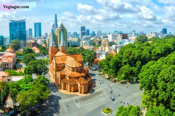 Giá vé máy bay khứ hồi đi Sài Gòn Bamboo Airway