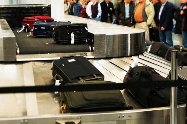 Hành lý bị thất lạc khi đi máy bay phải làm sao