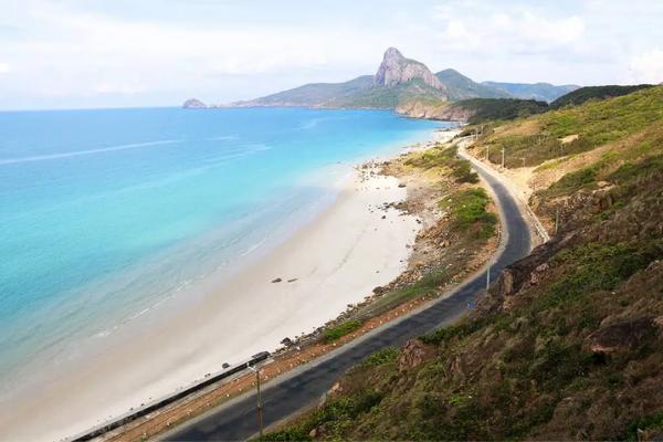 Những bãi biển đẹp nhất không thể bỏ qua vào dịp hè