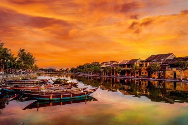 Những vùng đất đẹp như cổ tích ở Việt Nam