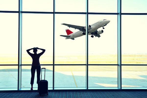Phải làm gì khi không may bị lỡ chuyến bay
