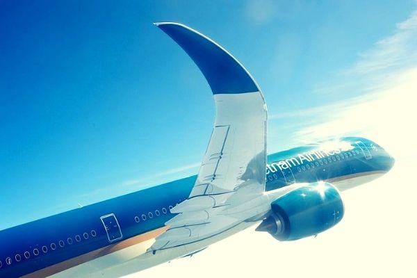 Săn vé máy bay khuyến mãi tháng 5 Vietnam airlines
