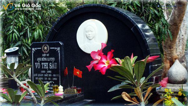 Vé máy bay Cần Thơ Côn Đảo thăm mộ cô Võ Thị Sáu