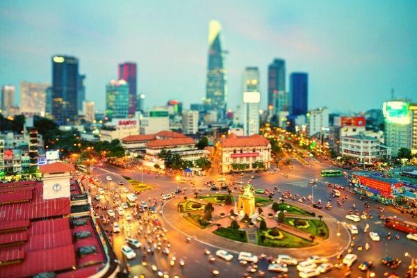 Vé máy bay giá rẻ đi Hồ Chí Minh tháng 11