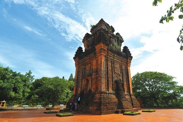 Vé máy bay Vietnam Airlines Hà Nội đi Tuy Hòa