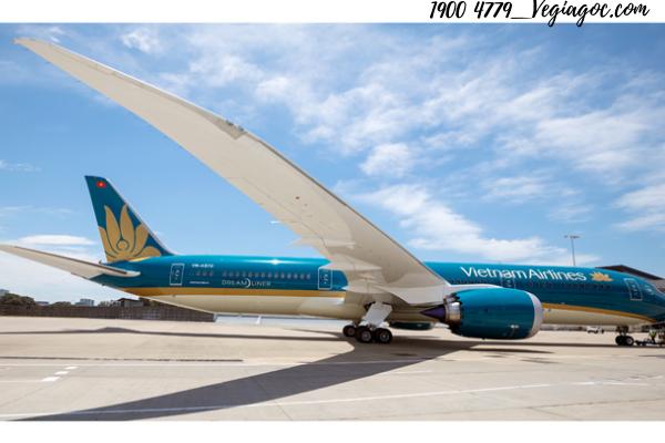 Vé máy bay Vietnam Airlines tháng 10